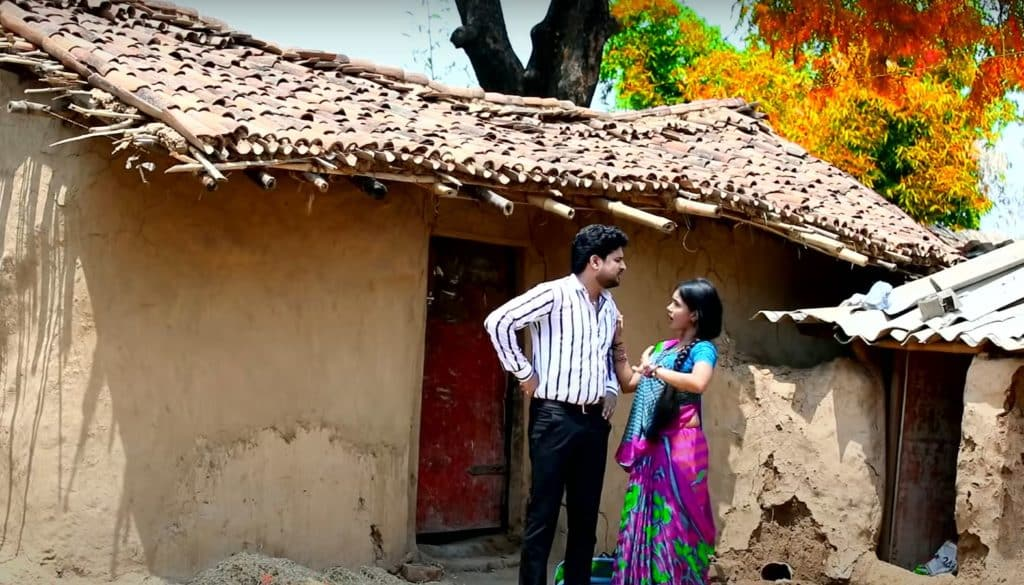 मुँह मारो कमईला के Muh Maro Kamaila Ke Lyrics – Ritesh Pandey