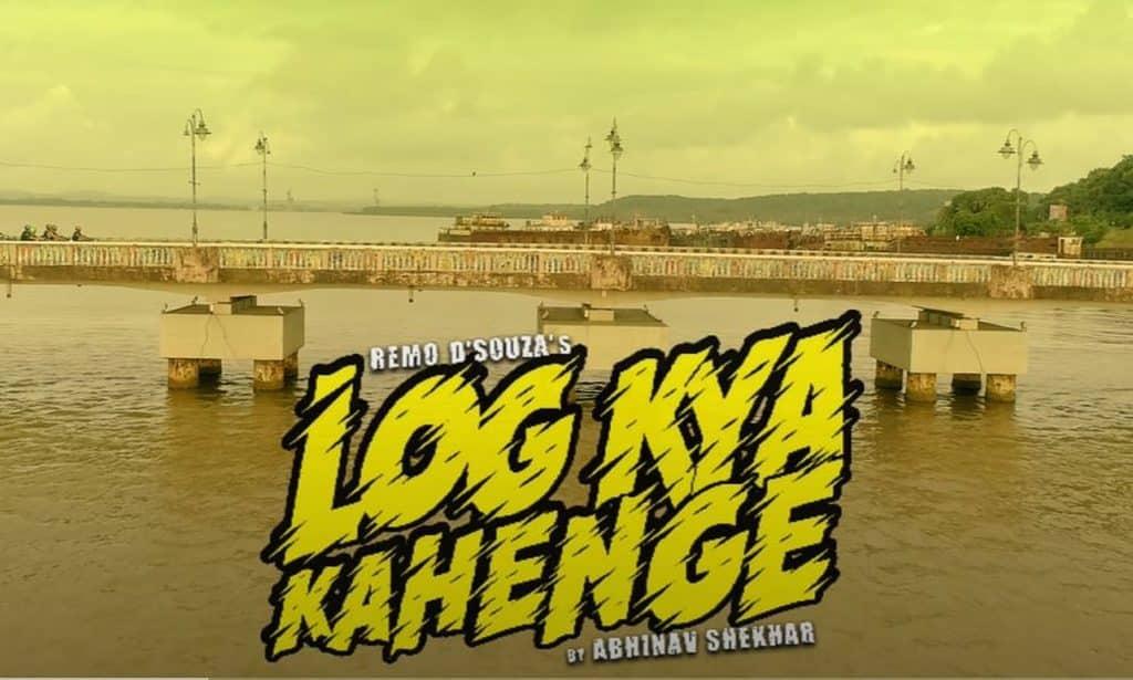 Log Kya Kahenge Lyrics in Hindi